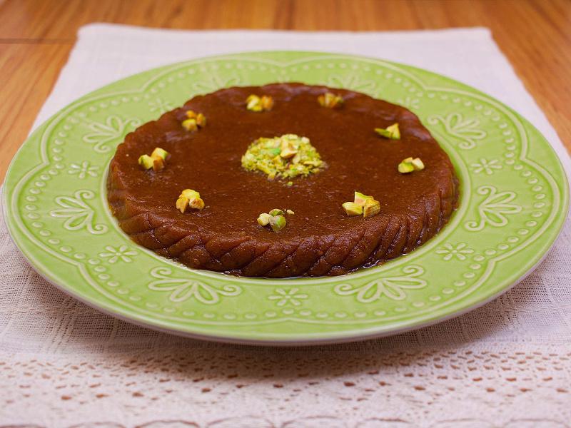 desserts-persian-halva-wikimedia-Mamfy-4x3.jpg